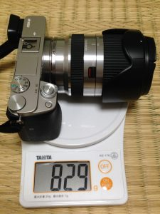 B011をα6000に装着したときの重量