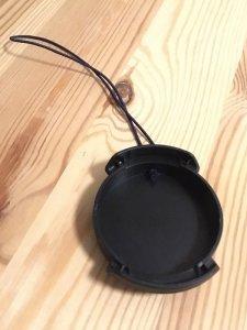 ワイコンのキャップにゴム紐を装着(裏側)